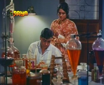 Shanti and Ravi in the lab
