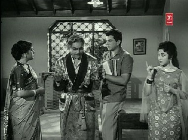 Raj meets Hukumat Rai's wife and daughter, Shanti