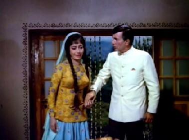 Kailashnath stops Somna from killing herself