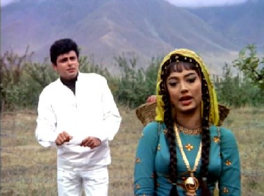 Amar meets Somna - and has a tiff with her