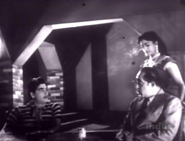 Ajit and Mohana assure Khanna of their loyalty