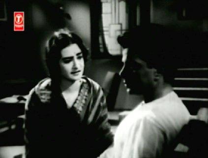 Ramesh doesn't recognise Gauri
