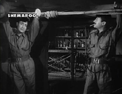Dev Anand as Anand and Major Verma in Hum Dono
