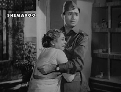 Major Verma's mother mistakes Anand for her son