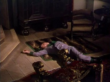 The king passes out after a glass of strange wine