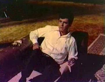 Sanjay Khan in Intaquam