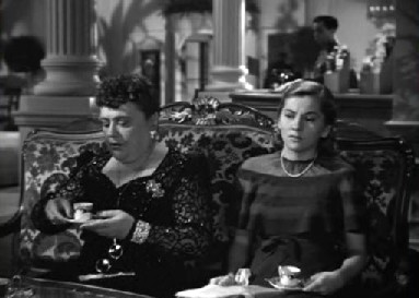 Mrs van Hopper and her companion at Monte Carlo