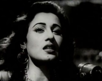 Madhubala in Howrah Bridge