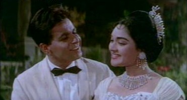 Dilip Kumar and Vyjyantimala in Leader