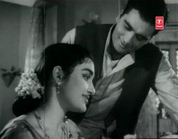 Sunil Dutt and Asha Parekh in Chhaya