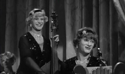 Jack Lemmon and Tony Curtis in Some Like it Hot