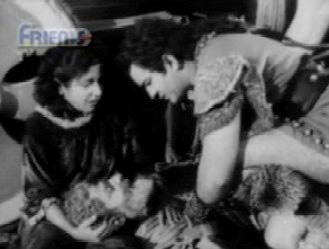 Ruhi's pa dies in Aadil's and Ruhi's arms