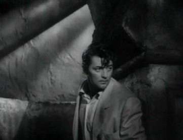 Robert Mitchum in Macao