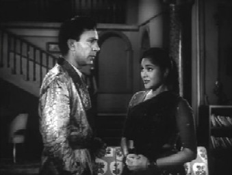 Pushpa asks Lok Nath for a job