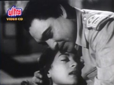 Ashok Kumar and Nalini Jaywant in Samadhi