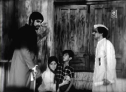 Saat Hindustani (1969) | Dustedoff