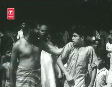 Shankar gets thrashed