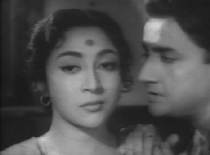 Mala Sinha and Bharat Bhushan in Gyaarah Hazaar Ladkiyaan
