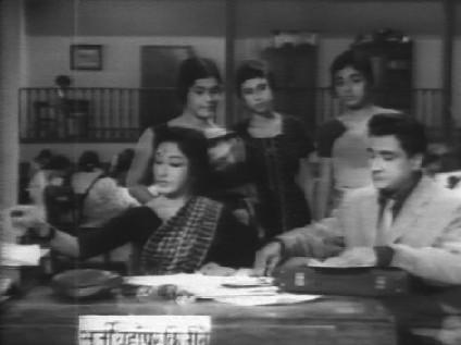 Puran Chand comes to meet Asha