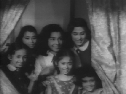 Asha's six younger sisters