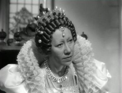 Flora Robson as Queen Elizabeth in The Seahawk