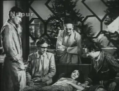 The doctor advises a scene of scene