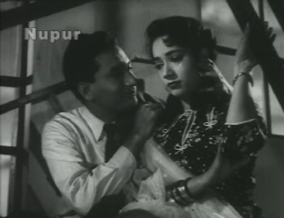 Vijay Anand and Shakila in Agra Road