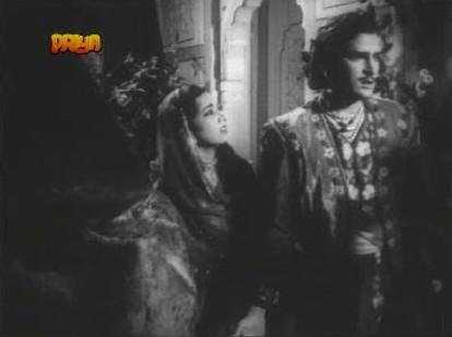 Meherbano persuades Gul Mirza...