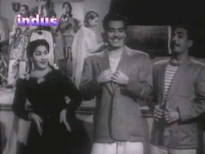 Meena, Mona and Birju shake a leg