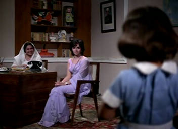 Meena goes to the orphanage and meets Sarika