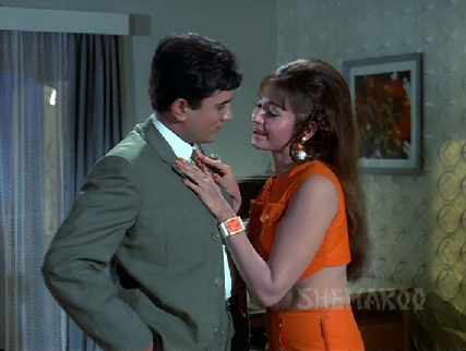Rajesh Khanna and Helen in The Train
