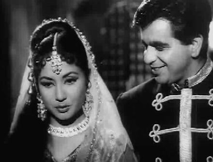 Dilip Kumar and Meena Kumari in Kohinoor