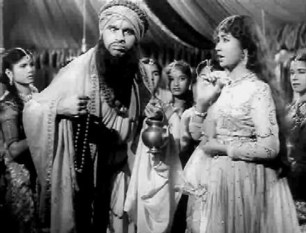 An odd sadhu comes to meet Chandramukhi
