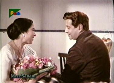 Shyam starts buttering up Savitri Devi