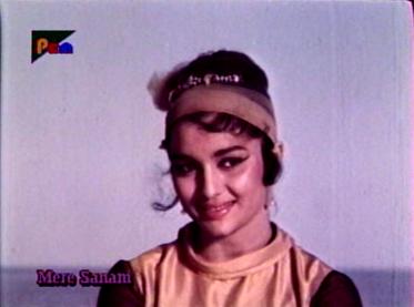 Asha Parekh in Mere Sanam