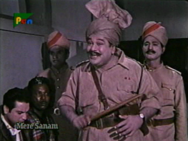 Asit Sen in Mere Sanam: wasted!