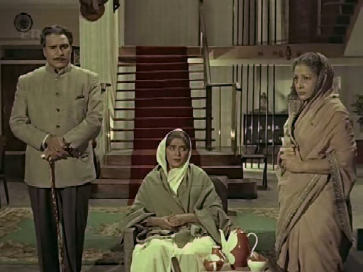 Shyamlal, Raju's mother and Karuna discuss his future
