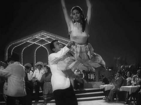 Abe and Edwina in a song from Shriman Satyawadi