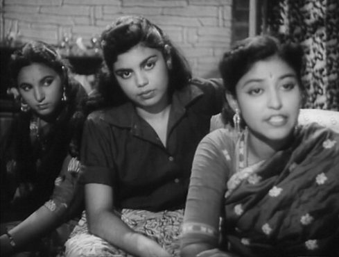 Edwina Lyons (in the centre) in Dil Deke Dekho