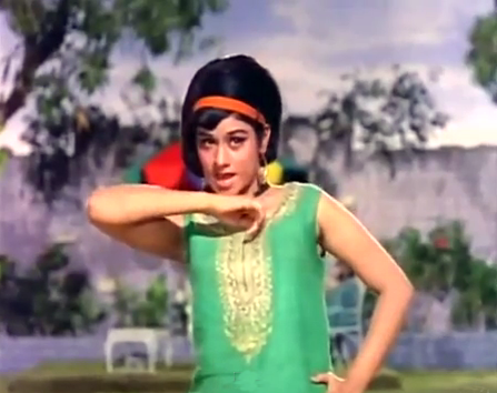 Aruna Irani in Gaon ki main gori, from Humjoli