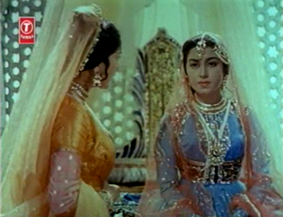 Gulbadan carries tales to Laadli Bano