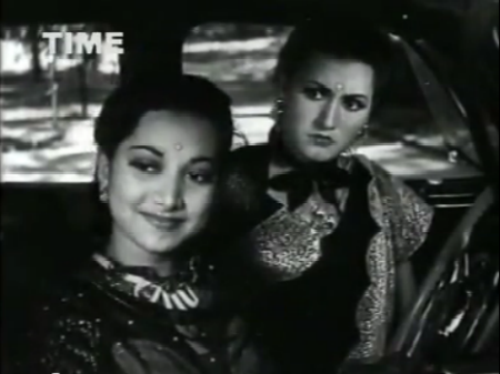 Suraiya and Noorjehan as sahelis, in Anmol Ghadi