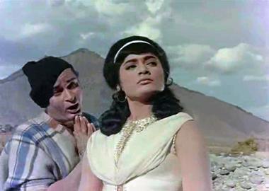 Tumse achcha kaun hai, from Jaanwar