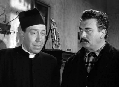 Fernandel as Don Camillo and Gino Cervi as Peppone in Don Camillo
