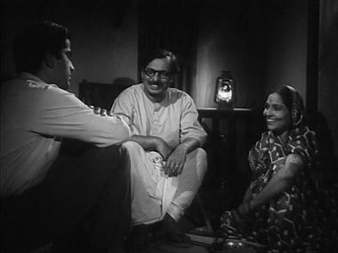 Arun's uncle tells him of the zamindar's request