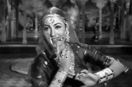 Mohe panghat pe Nandlal chhed gayo re, from Mughal-e-Azam