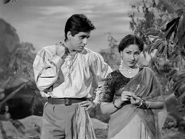 Dilip Kumar and Meena Kumari in Azaad
