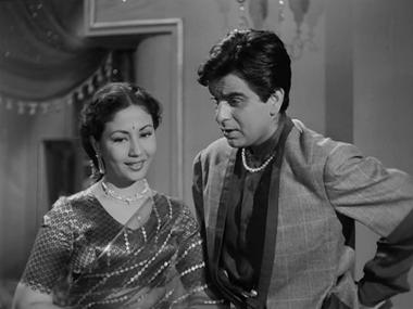 Meena Kumari and Dilip Kumar in Azaad