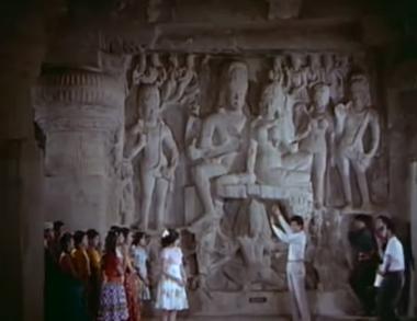 Ellora Caves: Aaiye padhaariye, from Geet Gaaya Pattharon Ne