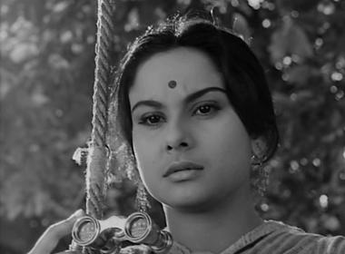 Charu realises what she feels for Amal